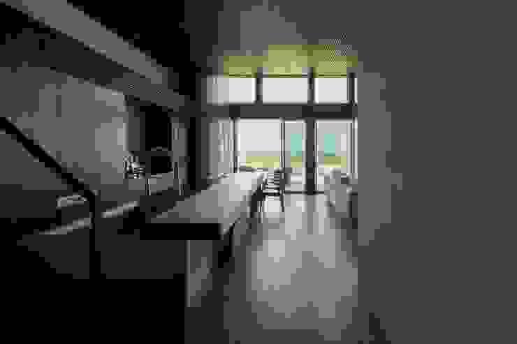 Dapur Modern Oleh 株式会社横山浩介建築設計事務所 Modern