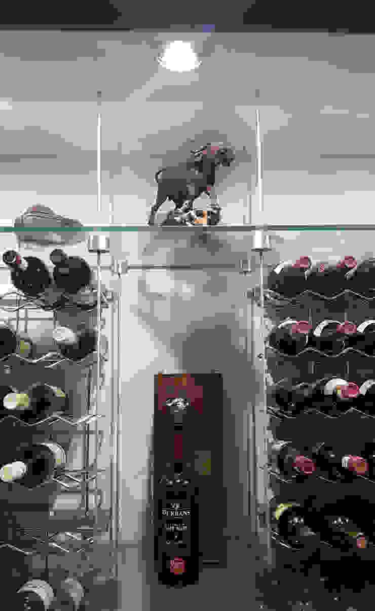Wine cellar by ilisi Interior Architectural Design Modern MDF