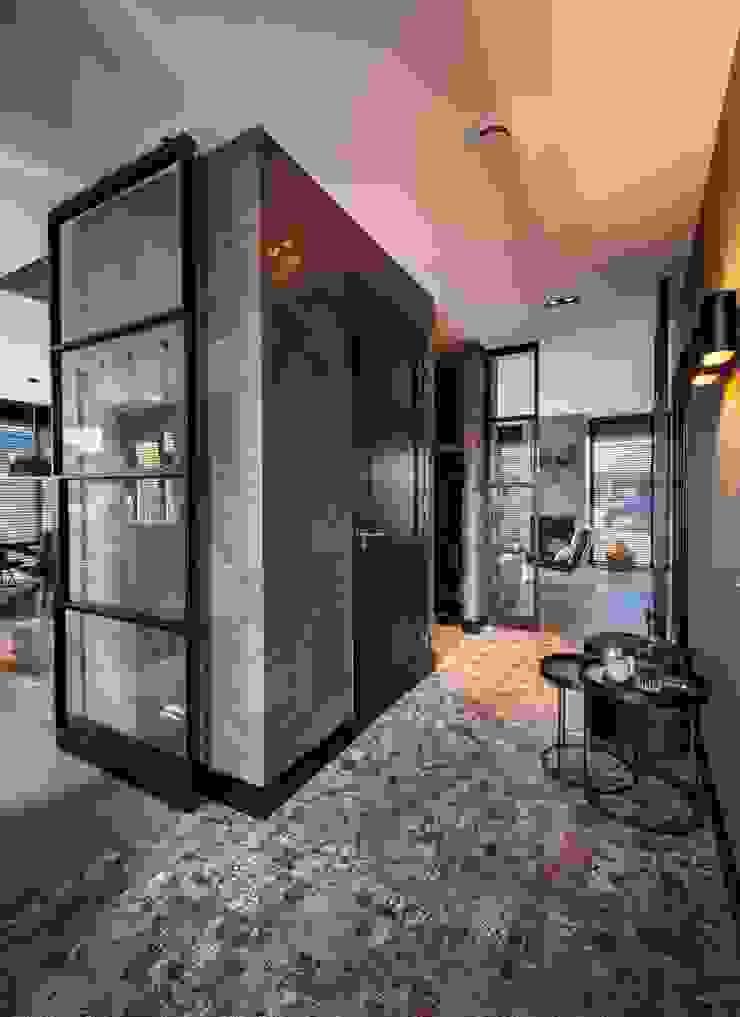 Villa Landelijke gangen, hallen & trappenhuizen van Bongers Architecten Landelijk