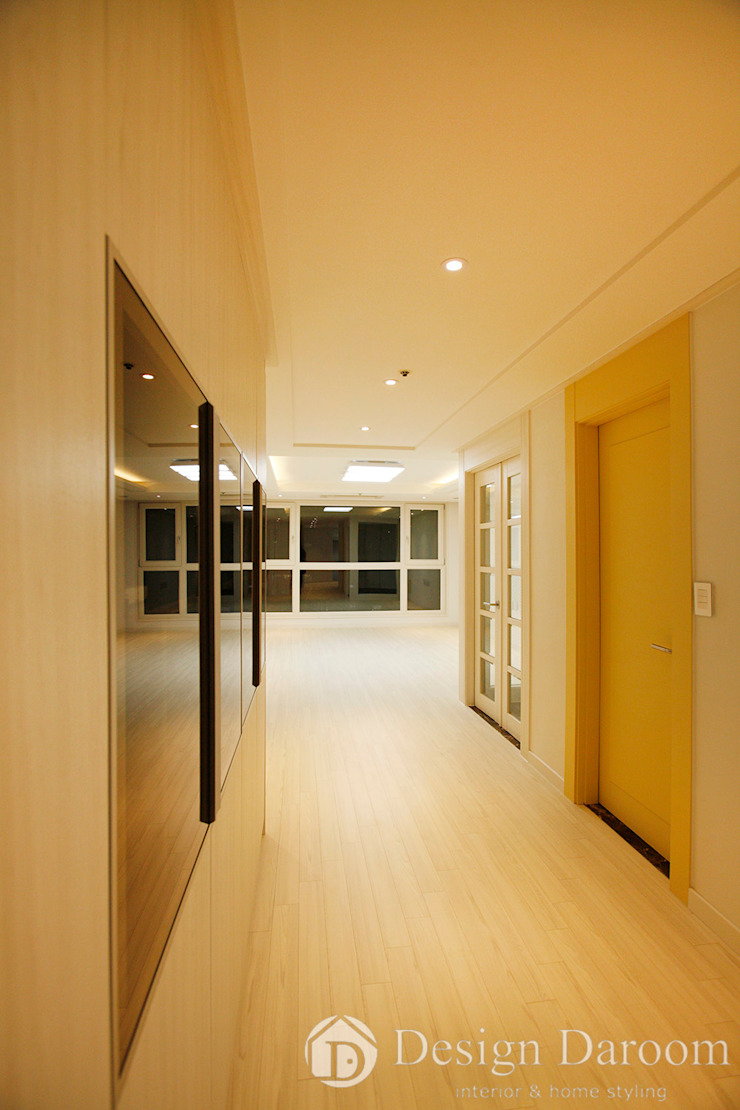 광장동 워커힐팰리스 40py 복도 모던스타일 복도, 현관 & 계단 by Design Daroom 디자인다룸 모던