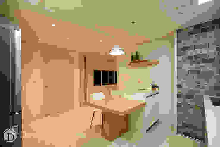 광장동 워커힐팰리스 40py 주방 모던스타일 거실 by Design Daroom 디자인다룸 모던