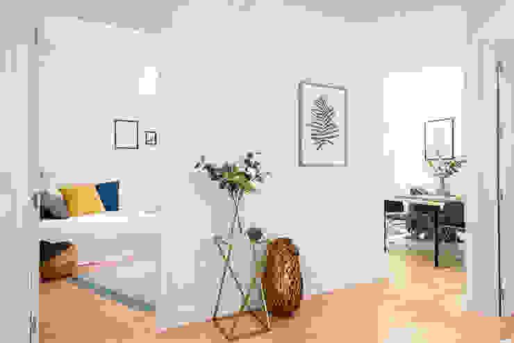 Moderne Wohnzimmer von FACTORY HOME STAGING Modern