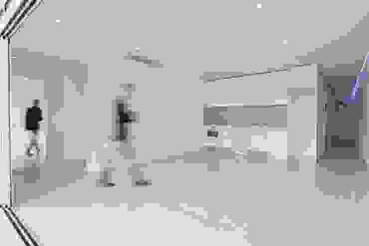 Salón Salones de estilo minimalista de SP_Arquitectura Minimalista Cerámico