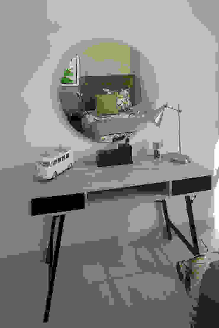 Spegash Interiors Moderne Schlafzimmer
