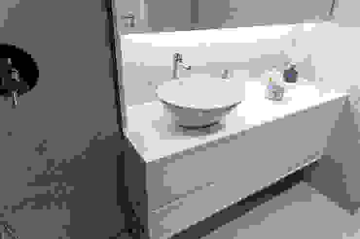 MOBEC Moderne Badezimmer