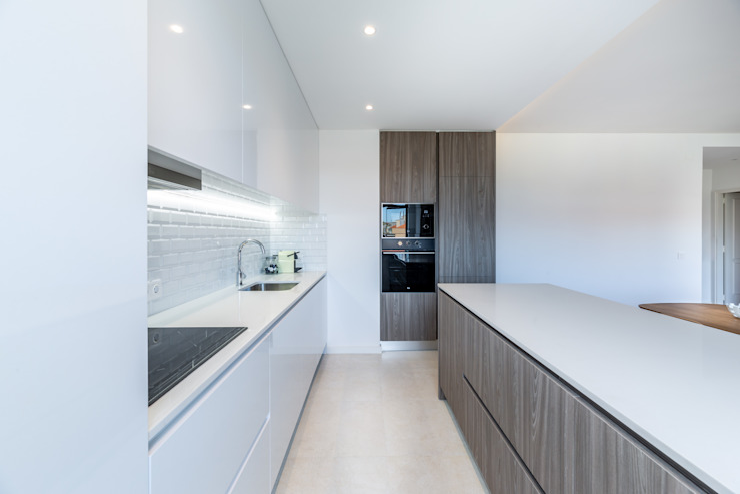 Cocinas de estilo moderno de MOBEC Moderno