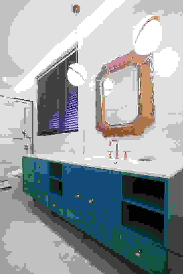 다빈710 Modern bathroom Turquoise