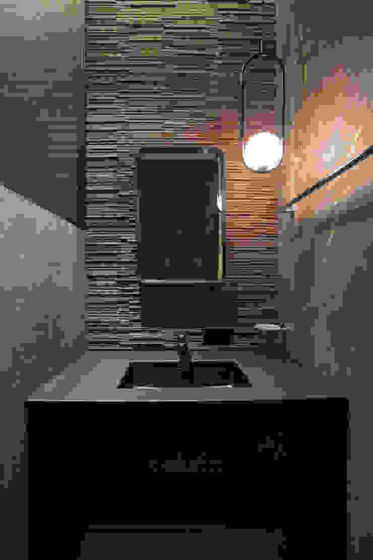 다빈710 Modern bathroom Tiles Black