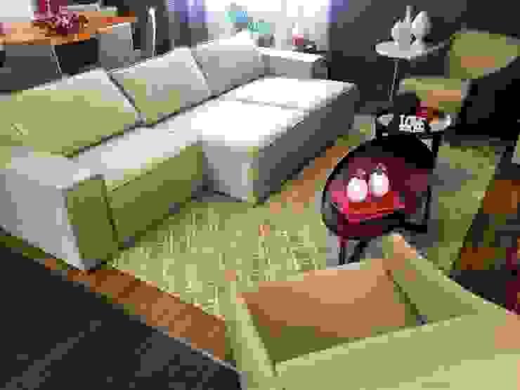 Sofá Retrátil Touch! Chique e Prático por Sgabello Interiores Moderno