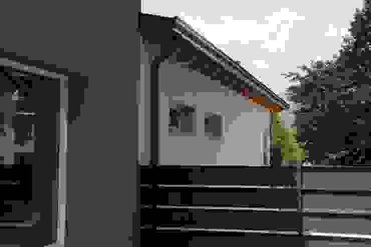 Modern houses by BENDOTTI ZAMBONI Tecnici Associati Modern