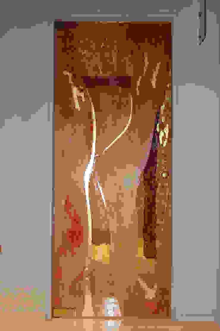modern  by Arredamenti Caneschi srl, Modern Glass