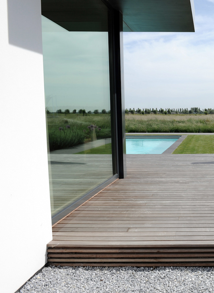 Longing for horizon Modern Garden by Andredw van Egmond | designing garden and landscape Modern