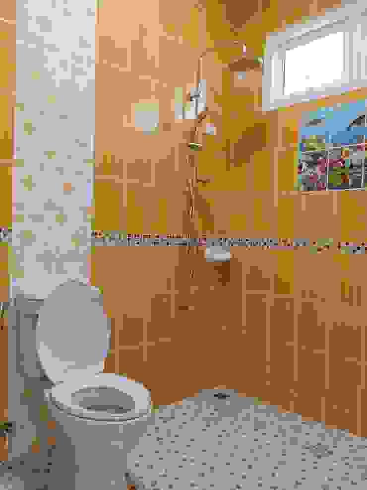 บ้านพักอาศัยชั้นเดียว ขนาด 3 ห้องนอน 2 ห้องน้ำ 1 รับแขก 1 ครัว พื้นที่รวม 105 ตรม. โดย แบบบ้านออกแบบบ้านเชียงใหม่ ผสมผสาน