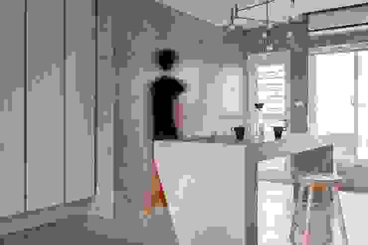 Dinning Area 根據 湜湜空間設計 隨意取材風 水泥