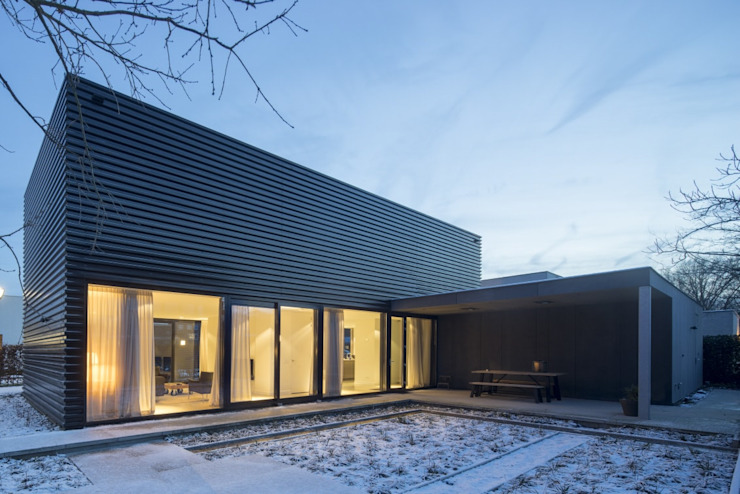 Industrial style garage/shed by JMW architecten Industrial