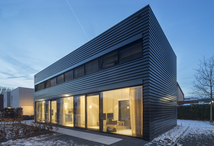 Industrial style houses by JMW architecten Industrial