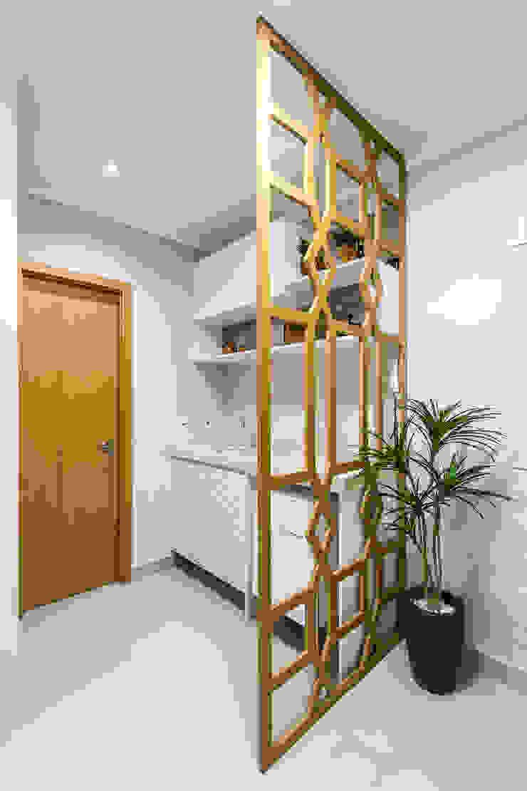 de Samantha Sato Designer de Interiores Moderno