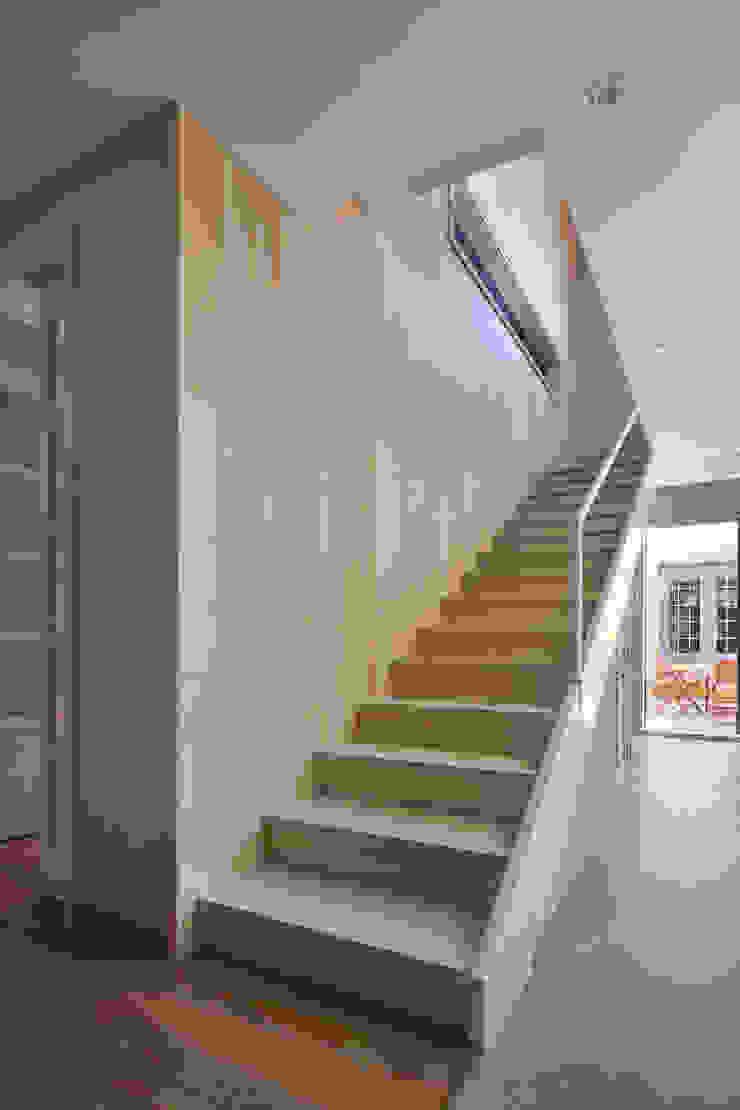 내부 계단 by 건축사사무소 에이플랜