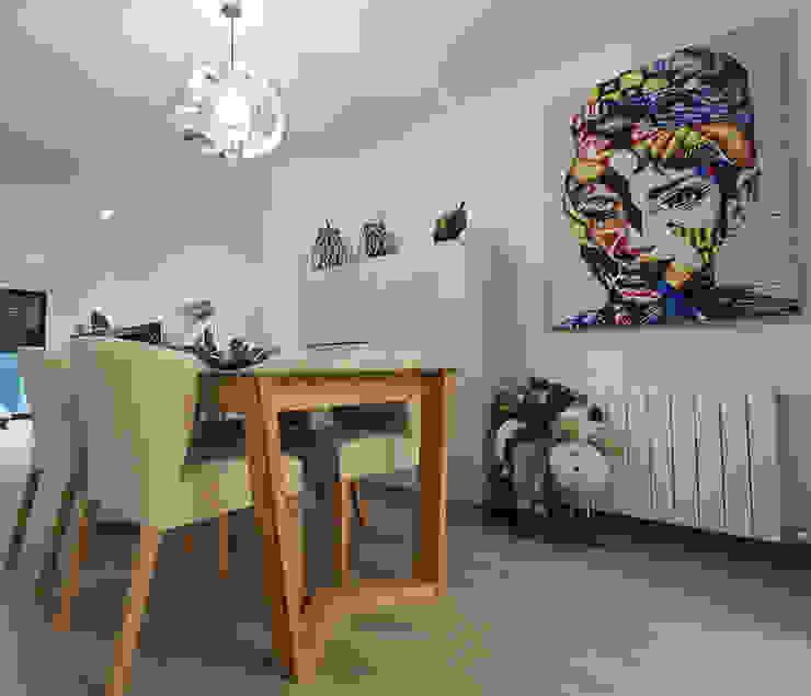 Ruang Makan Modern Oleh Novodeco Modern