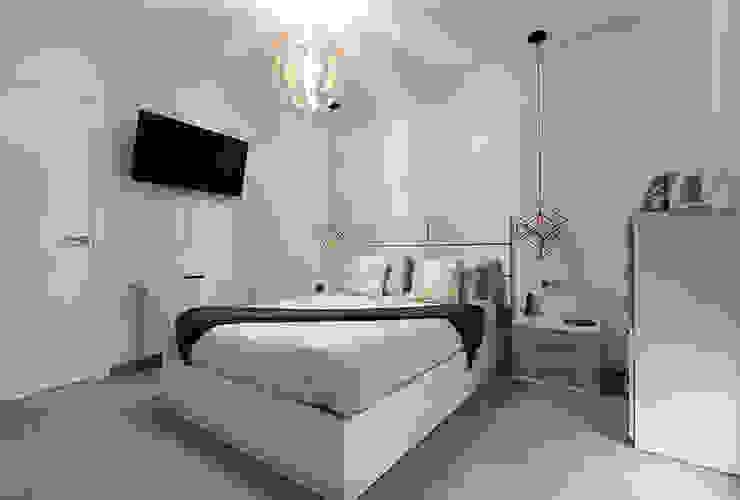 AMPLIACIÓN DE BUNGALOW Dormitorios de estilo moderno de Novodeco Moderno