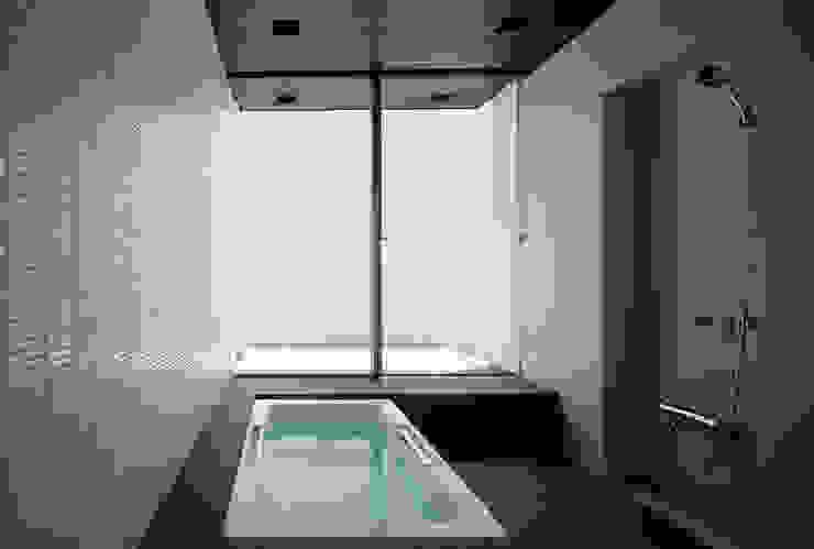 Modern Banyo 松岡淳建築設計事務所 Modern