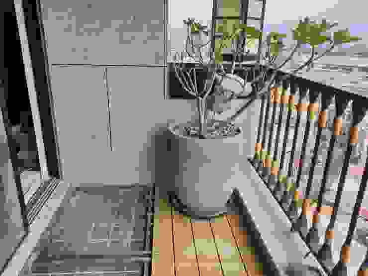 by 新綠境實業有限公司 Classic Wood-Plastic Composite