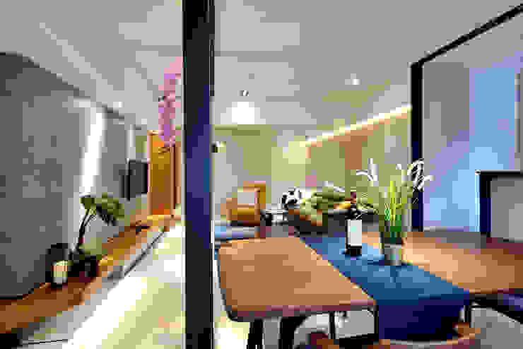 Moderne Esszimmer von 星葉室內裝修有限公司 Modern