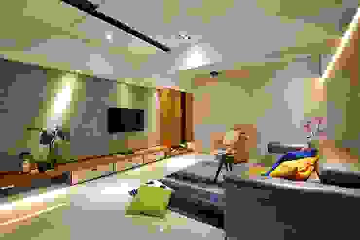 Moderne Wohnzimmer von 星葉室內裝修有限公司 Modern