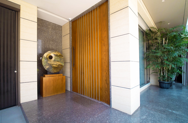 Pintu Utama Oleh Bobos Design Tropis Kayu Lapis
