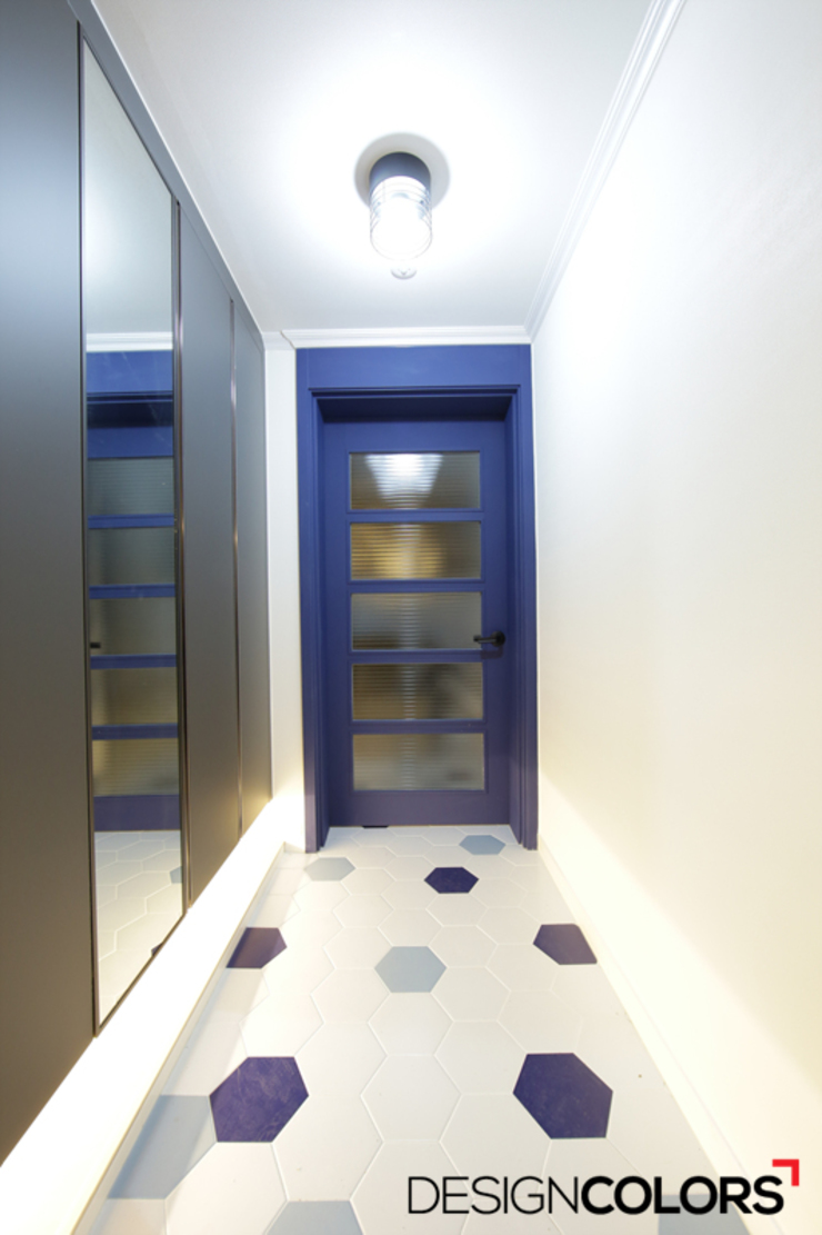 DESIGNCOLORS Modern Corridor, Hallway and Staircase Blue
