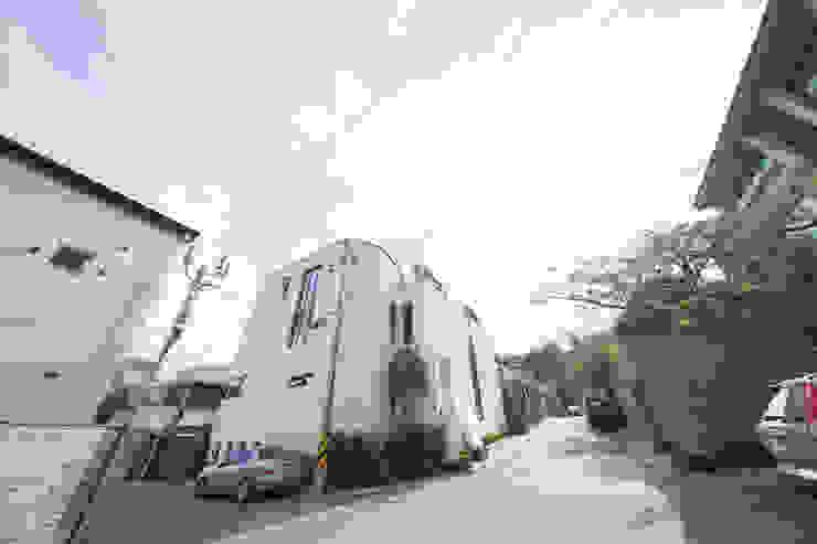 자곡동 J씨 하우스 모던스타일 주택 by designforn 모던 타일