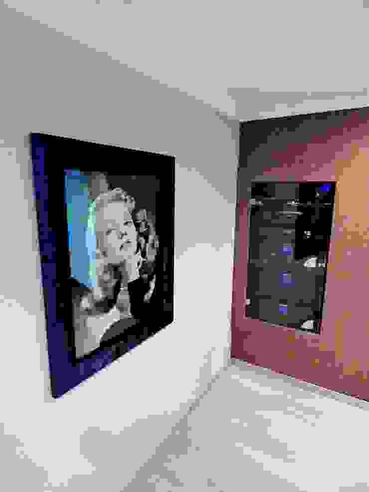 Projection Dreams / CUSTOM CINEMA 360 LDA 視聽室 MDF Purple/Violet