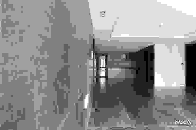 하남시 덕풍동 더샵센트럴뷰 34평 모던스타일 거실 by 디자인담다 모던
