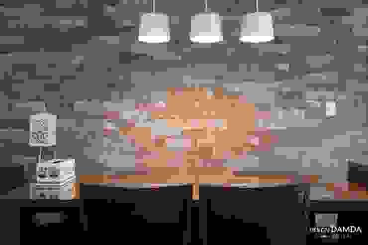 Modern dining room by 디자인담다 Modern