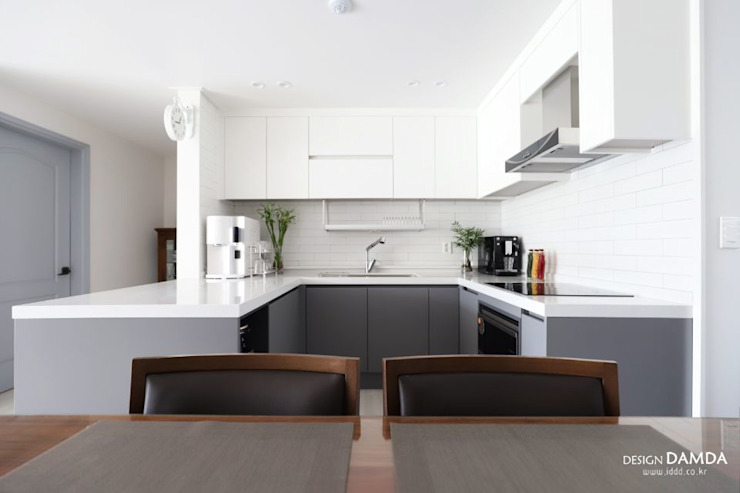 مطبخ تنفيذ 디자인담다