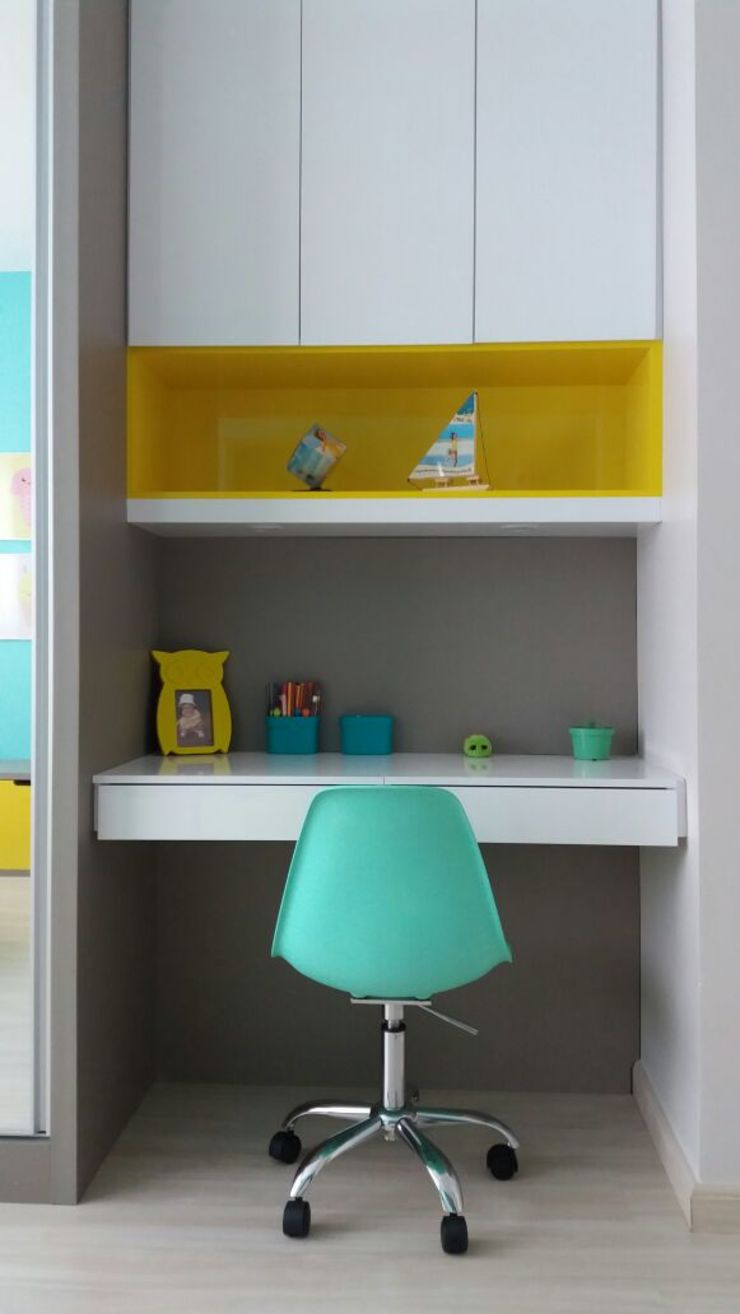 Rita Corrassa - design de interiores ห้องนอนเด็กโต๊ะและเก้าอี้