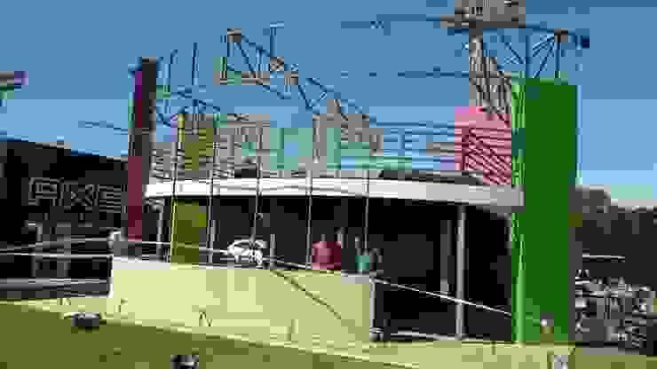 Proceso de montaje de Faerman Stands y Asoc S.R.L. - Arquitectos - Rosario