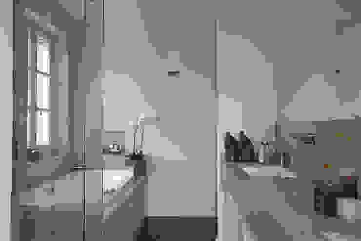 GIAN MARCO CANNAVICCI ARCHITETTO Rustic style bathroom