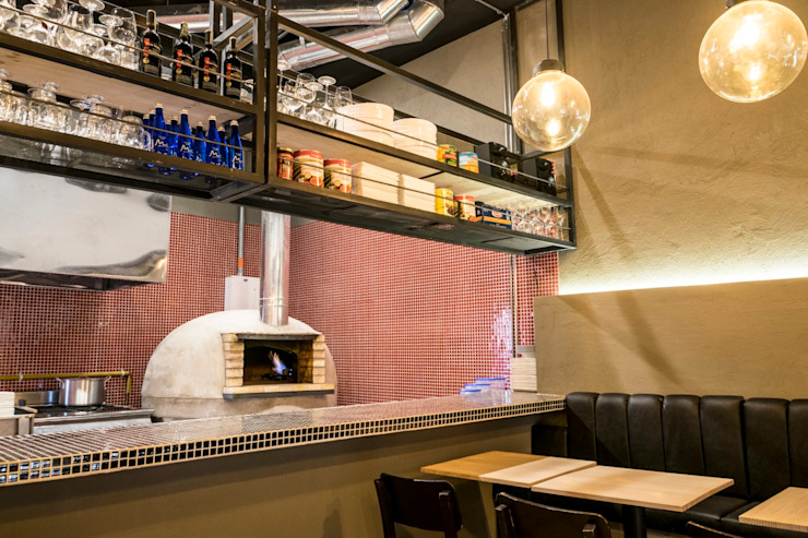 Espaços gastronômicos modernos por CASA DINAMICA | Arquitectos de Interiores | Bogotá Moderno Concreto