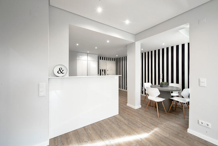 Cocinas pequeñas de estilo  por ARQ1to1 - Arquitectura, Interiores e Decoração