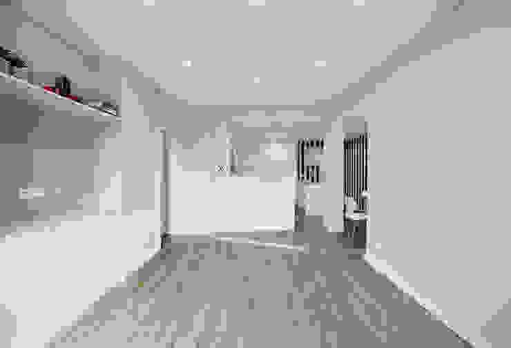 Projekty,  Salon zaprojektowane przez ARQ1to1 - Arquitectura, Interiores e Decoração