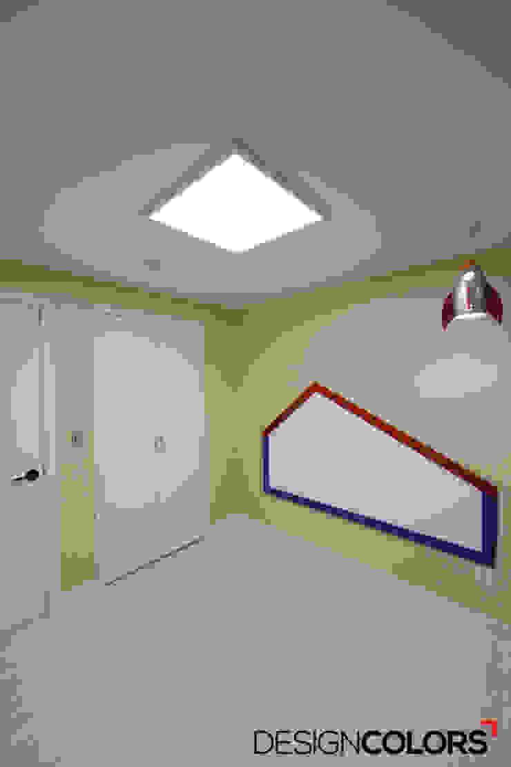 구로구 신도림동 e편한세상 아파트 인테리어 34평 모던스타일 아이방 by DESIGNCOLORS 모던