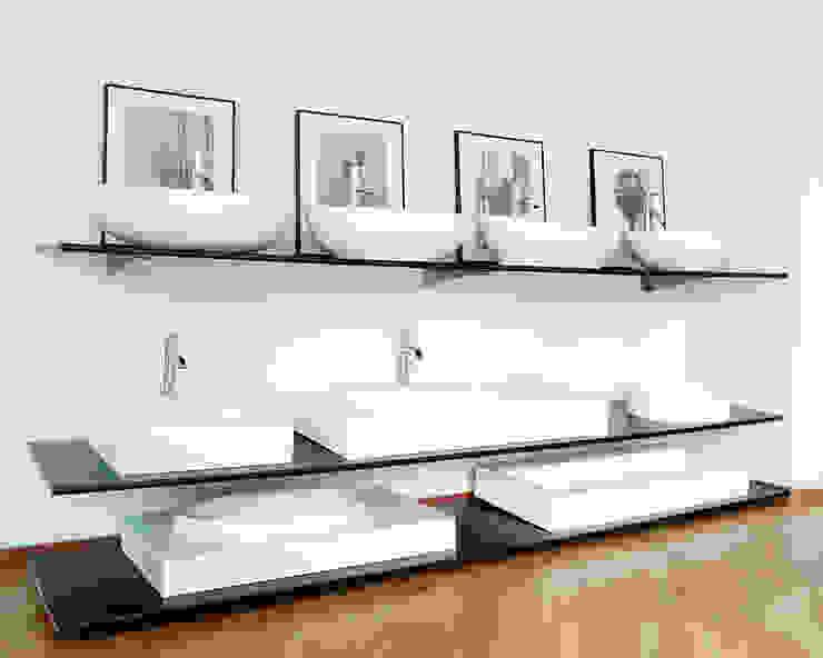 Badeloft Showroom in Berlin: modern  von Badeloft GmbH - Hersteller von Badewannen und Waschbecken in Berlin,Modern