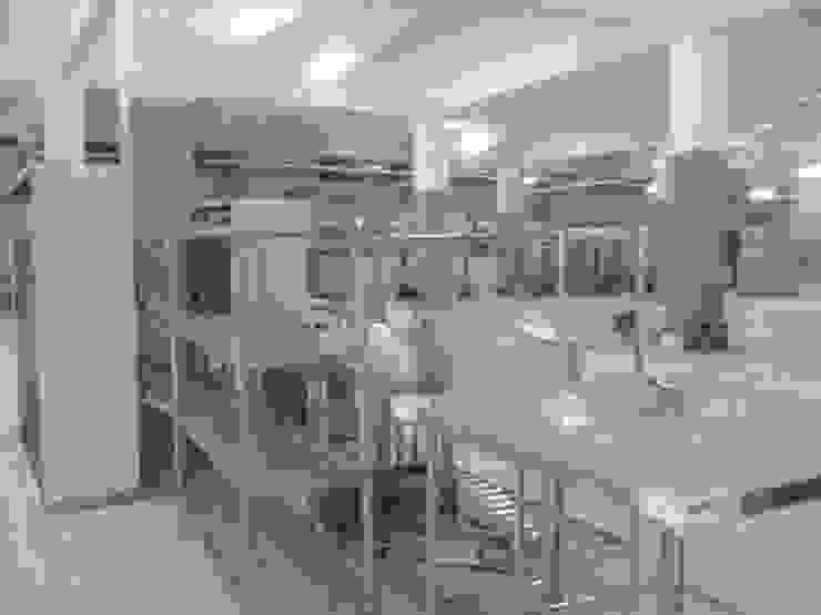 Restoran dapur & peralatan supermarket Pusat Perbelanjaan Tropis Oleh Intercon Advansindo Tropis