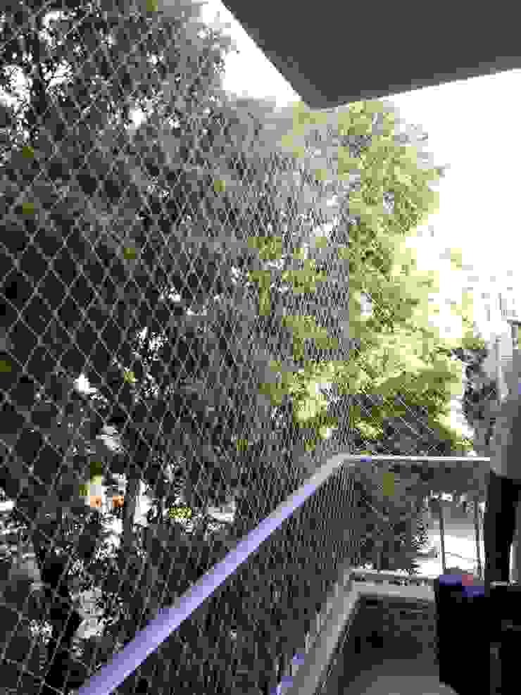 ANTIKEDA Balcony