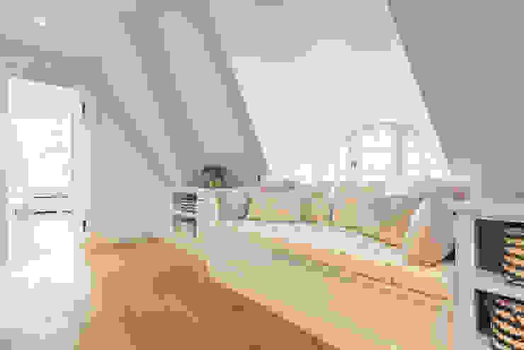 Home Staging Sylt GmbH Koridor & Tangga Gaya Country
