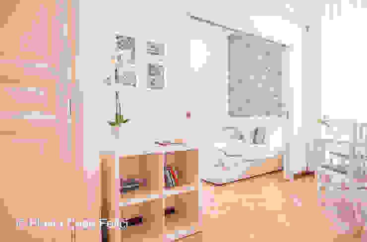 Modern living room by Flavia Case Felici Modern