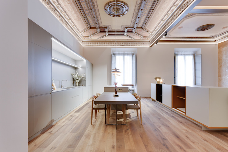 Dining room by Lara Pujol  |  Interiorismo & Proyectos de diseño