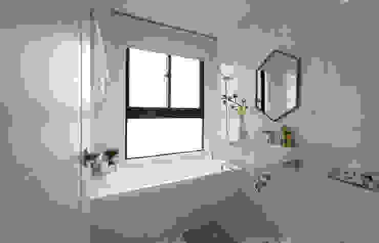Wiejska łazienka od 北歐制作室內設計 Wiejski Kwarc