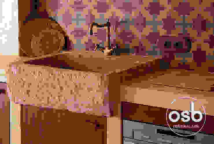 detalles de cocina de osb arquitectos Rústico
